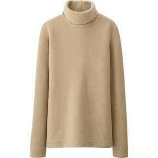 Turtleneck UNIQLO