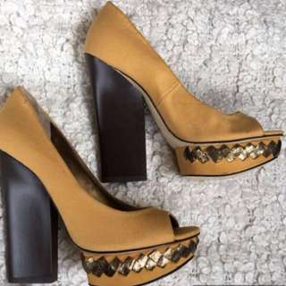 Nine West Mustard with Black Heels (never used)