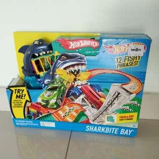 Hot wheels sharkbike bay