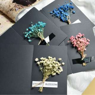 Card with 3D Dried Flowers