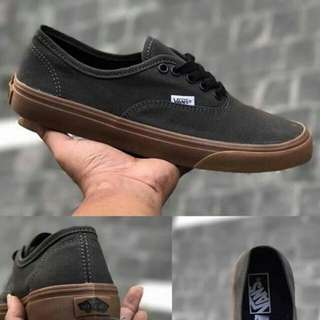 VANS AUTHENTIC ARMY GUM (PREMIUM)