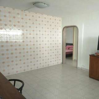 High Floor 4rm Flat For Rent!