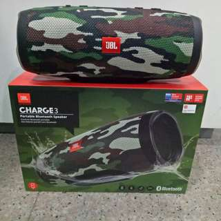 AUTHENTIC Jbl charge 3 camo