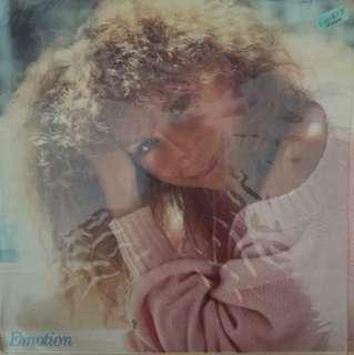 Barbra Vinyl