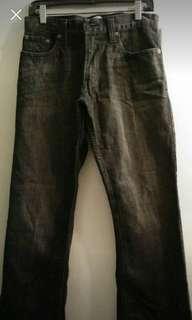 Levis mens low boot cut jeans (4 pics)