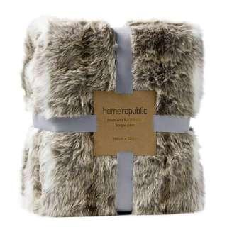 Home Republic Montana Fur Blanket/Throw
