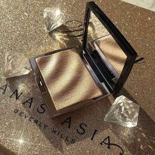 💎Anastasia Beverly Hills Amrezy Highlighter