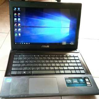 Laptop Asus X45C core i3