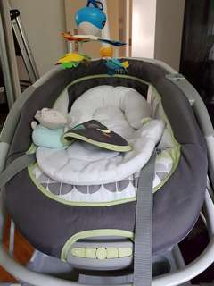 The INGENUITY Inreach Mobile Lounger & Bouncer