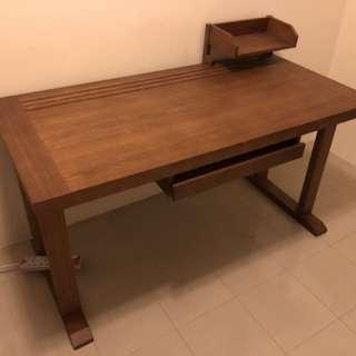 Desk 書桌