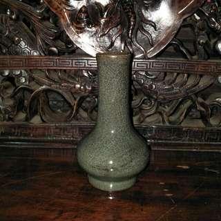 宋郊檀官窑槌瓶86218574(玛垴釉)