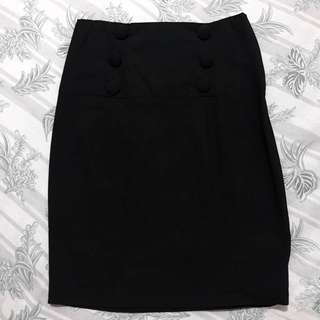 Black pencil office wear skirt (w/ side zipper)