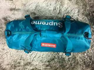 SUPREME TRAVEL BAG.20inches