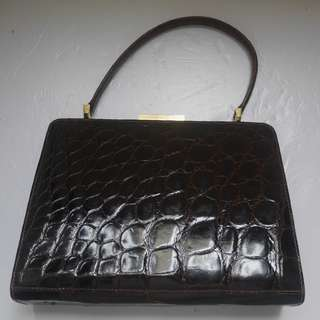 """VINTAGE"" J.W. ROBINSON & Co - Los Angeles - Brown Crocodile Handbag"