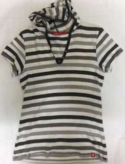 Pre loved t shirt with cap