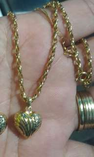 18k saudi gold necklce 16 inches