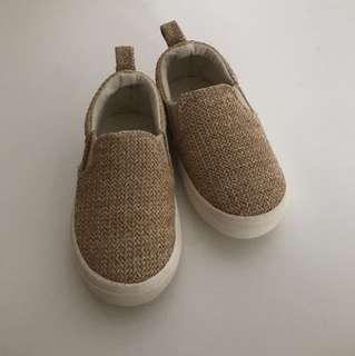 Zara baby slip on shoes size 21