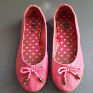 Lots of Doll Shoes