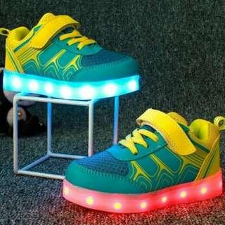 Pre loved Children Shoes Light LED Luminous
