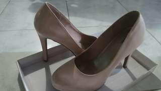 Fioni pink pastel heels