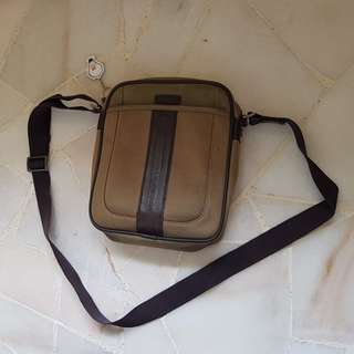 Mens samsonite sling bag