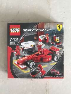 LEGO Ferrari F1 Fuel Stop 8673