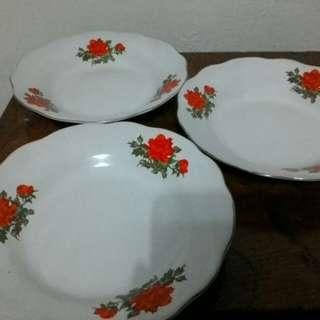piring beling putih jadul motif kembang