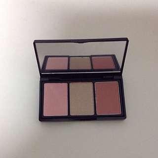 *BRAND NEW* Elizabeth Arden Blushes & Highlight Palette