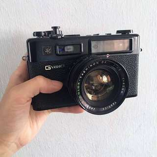 Yashica electro 35 GT 35mm film camera in black