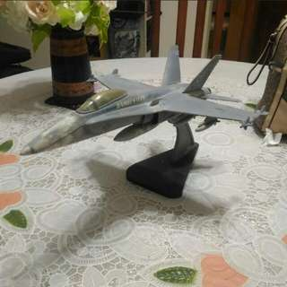 F-18 Hornet Fighter Jet Model : Scale (1:48)