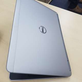 Pre-owned Dell Latitude E7240