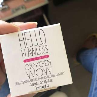 Hello Flawless! Liquid Foundation Benefit