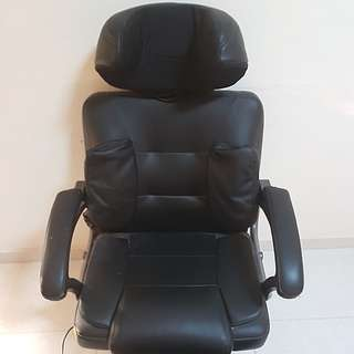 Oto massaging chair and power foot