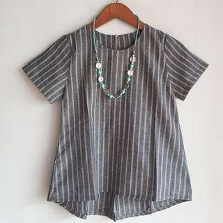 Little line back bow top idr 85.000