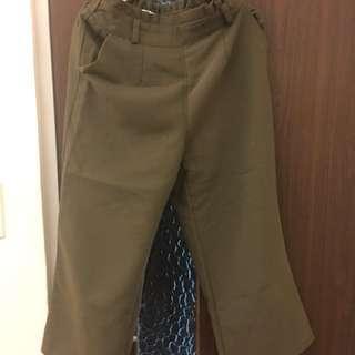 🚚 綠色闊腿褲
