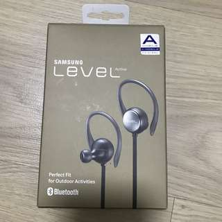 BNIB - Samsung Level Active