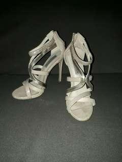 Steve Madden Preloved heels