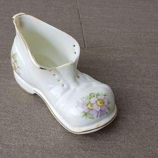 """Minature Porcelain Shoe approx 4"""""""