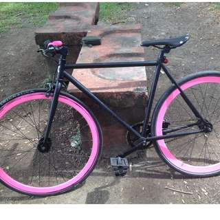 "Fixed Gear ""Fixie"" bike"