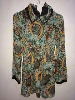 motif shirt blouse