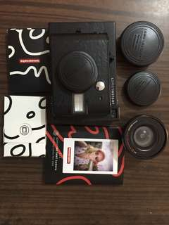 Lomo' Instant Black with 3 lens