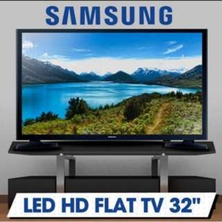 "Buy any game, consoles or accessories to get this Samsung LED HD Flat Screen TV 32"" at a special discounted price"