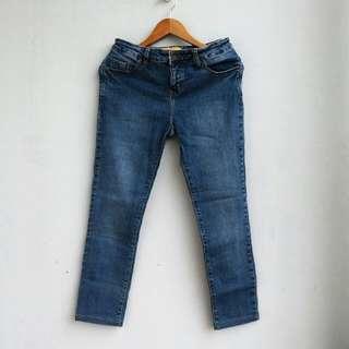 C2 Blue Jeans