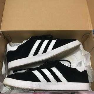 Unisex Adidas Gazelle Sneakers