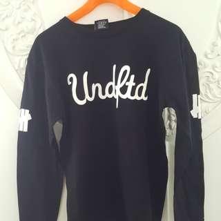 Undefeated long sleeve black medium