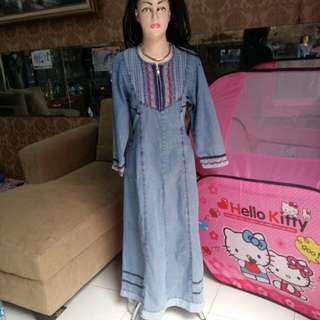 Gamis denim manis resleting depan L
