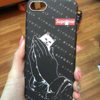 新款iPhone 6中指貓suprme電話殼