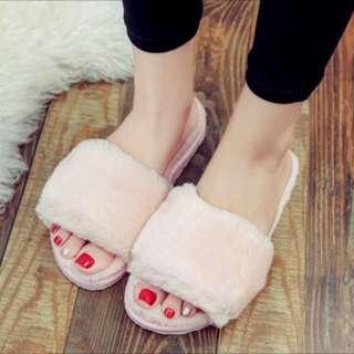 Anti slip fury cotton slippers.