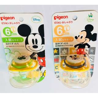 Japan PIGEON Calming Pacifier 6 months (Mickey L size)