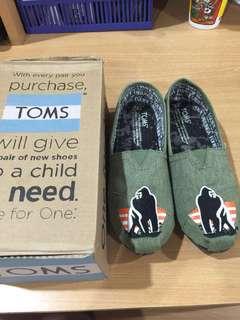 Toms Native H&M Crocs shoes for boys